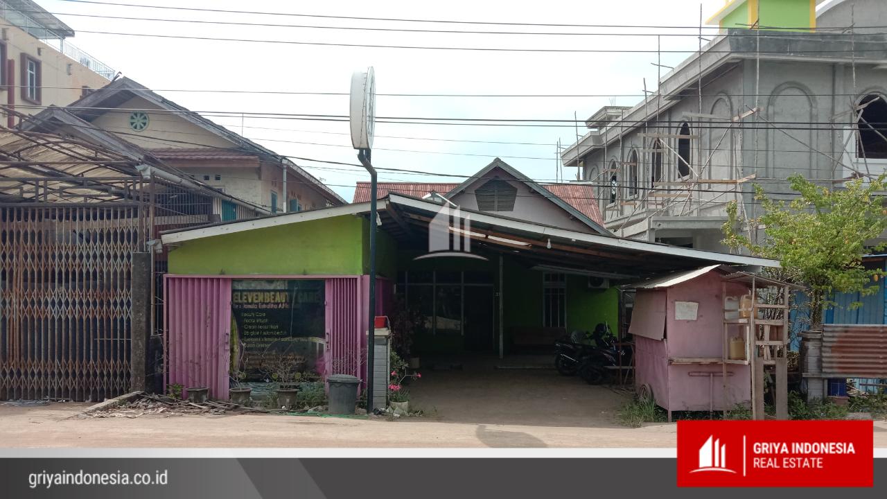 Rumah Berikut Kios Pinggir Jalan Raya Purnama 2 Pontianak